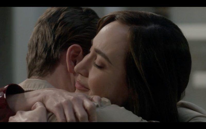 jack hugs shapeshifter mom therapist supernatural