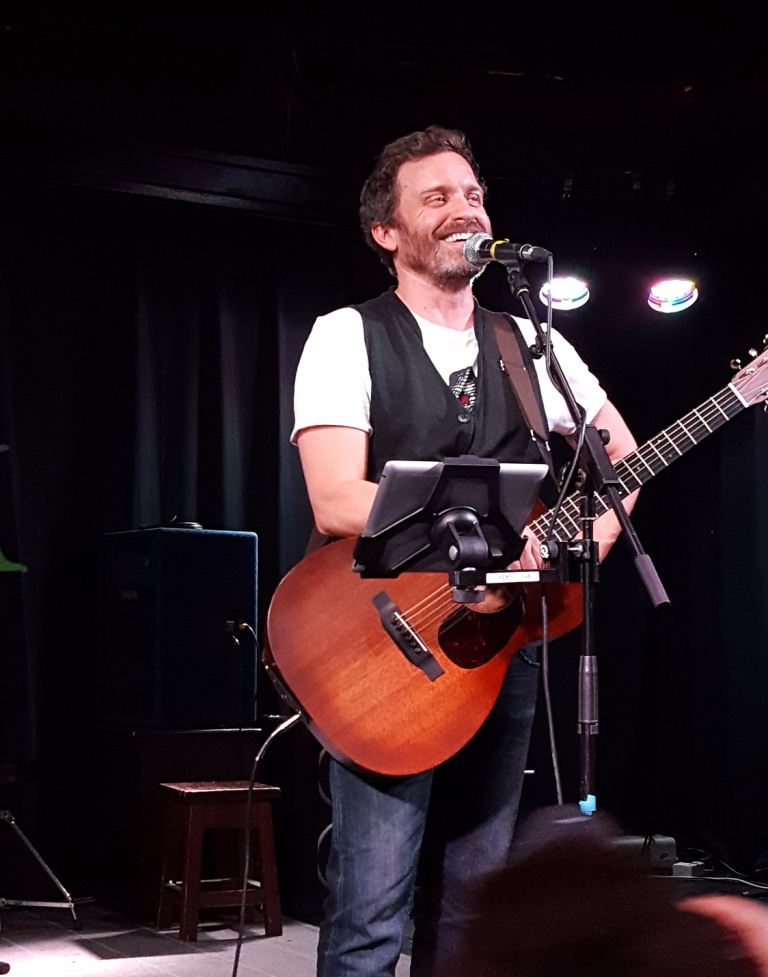 rob benedict reading family dont end with blood movie tv tech geeks interview
