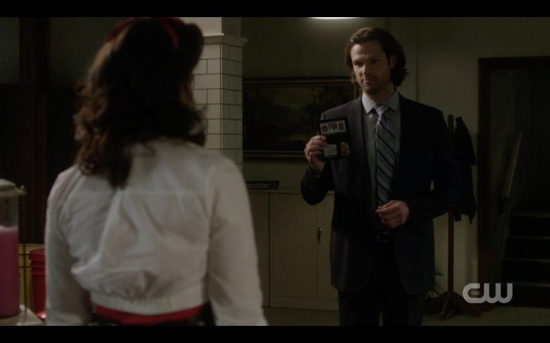 sarah troyer with sam winchester supernatural tombstone