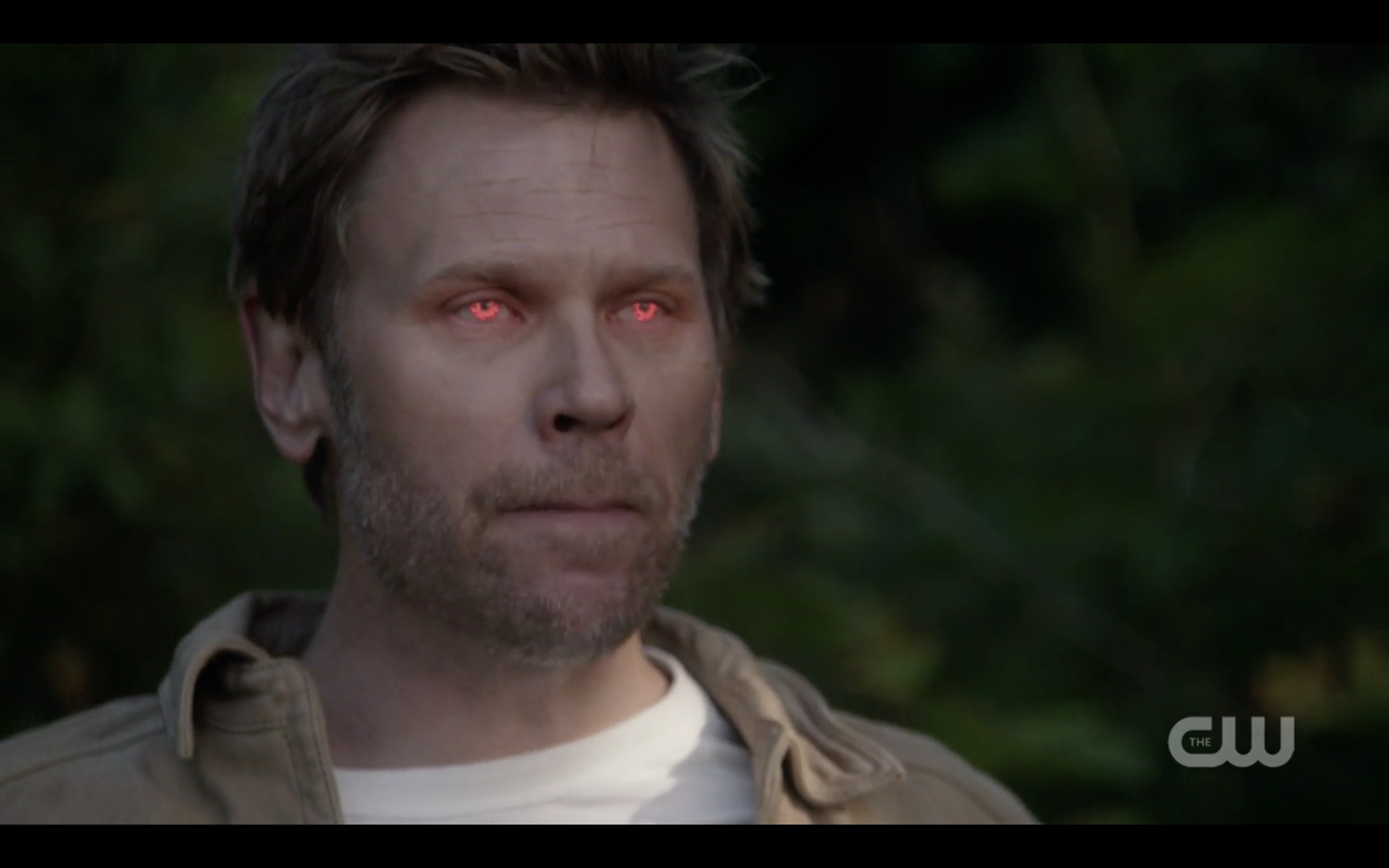 Supernatural Lucifer Red Eyes Scaring Off Angles War Of Worlds