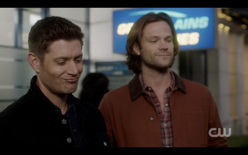 dean winchester smiles at alice fingering tongue job on him supernatural 1308