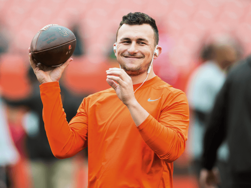 johnny manziel going for his comeback shot