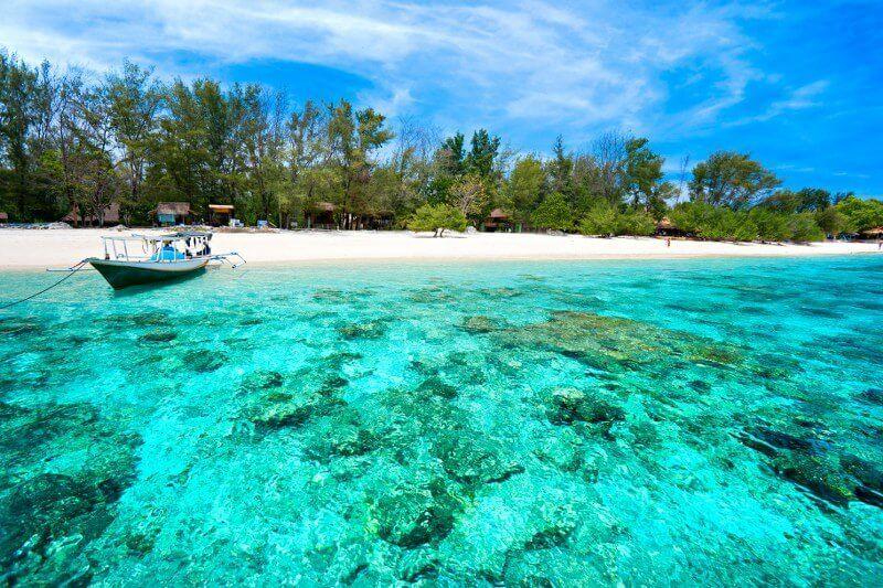 beautiful beaches in indonesia