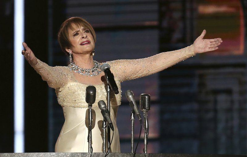 patti lupone at grammys singing dont cry for me argentina