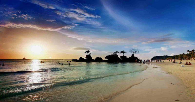 phillippines most beautiful beach holidays
