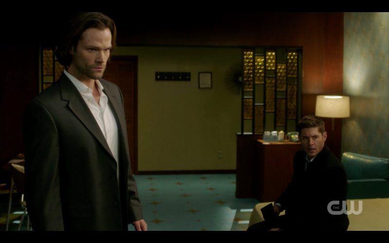 sam dean winchester hotel room look supernatural breakdown