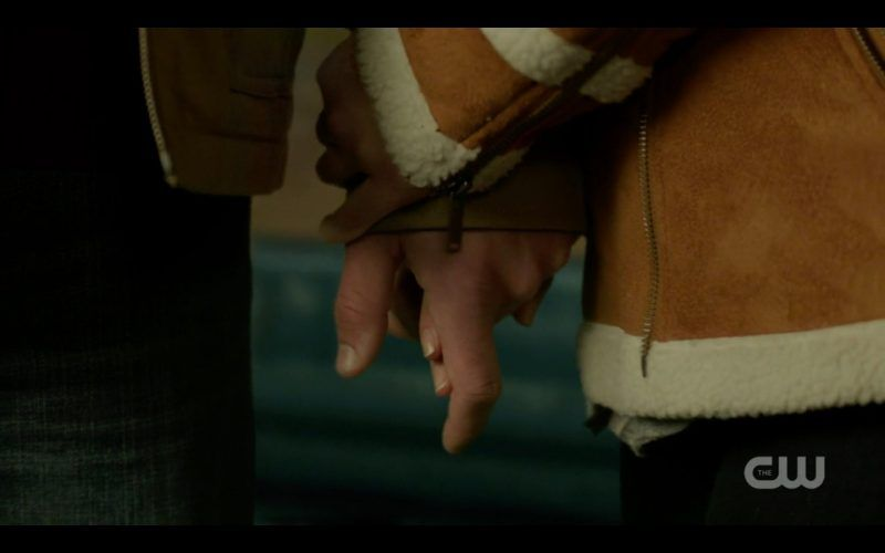 supernatural donna doug clasping hands breakdown 1311