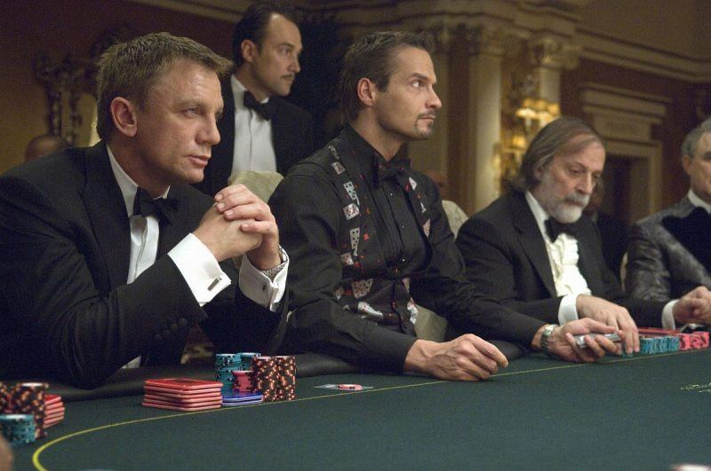 casino royale james bond poker images daniel craig