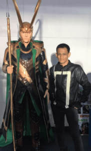 mttg marius with loki tom hiddleston comiccon asia 2018