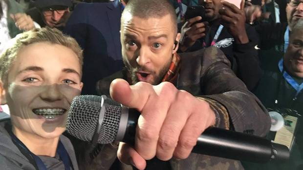 superbowl selfie kid ryan mckenna with justin timberlake again