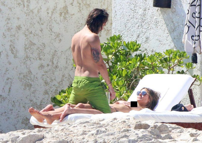 tom kaulitz on top of topless heidi klum