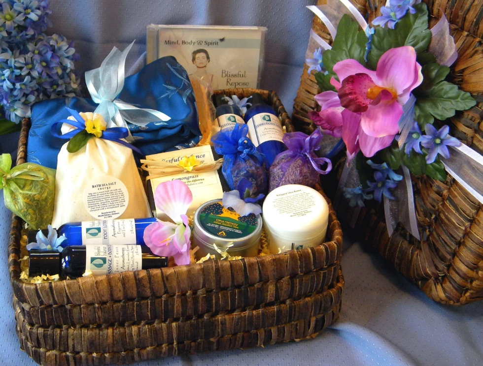 day of luxury spa pampering mothers day gift basket idea