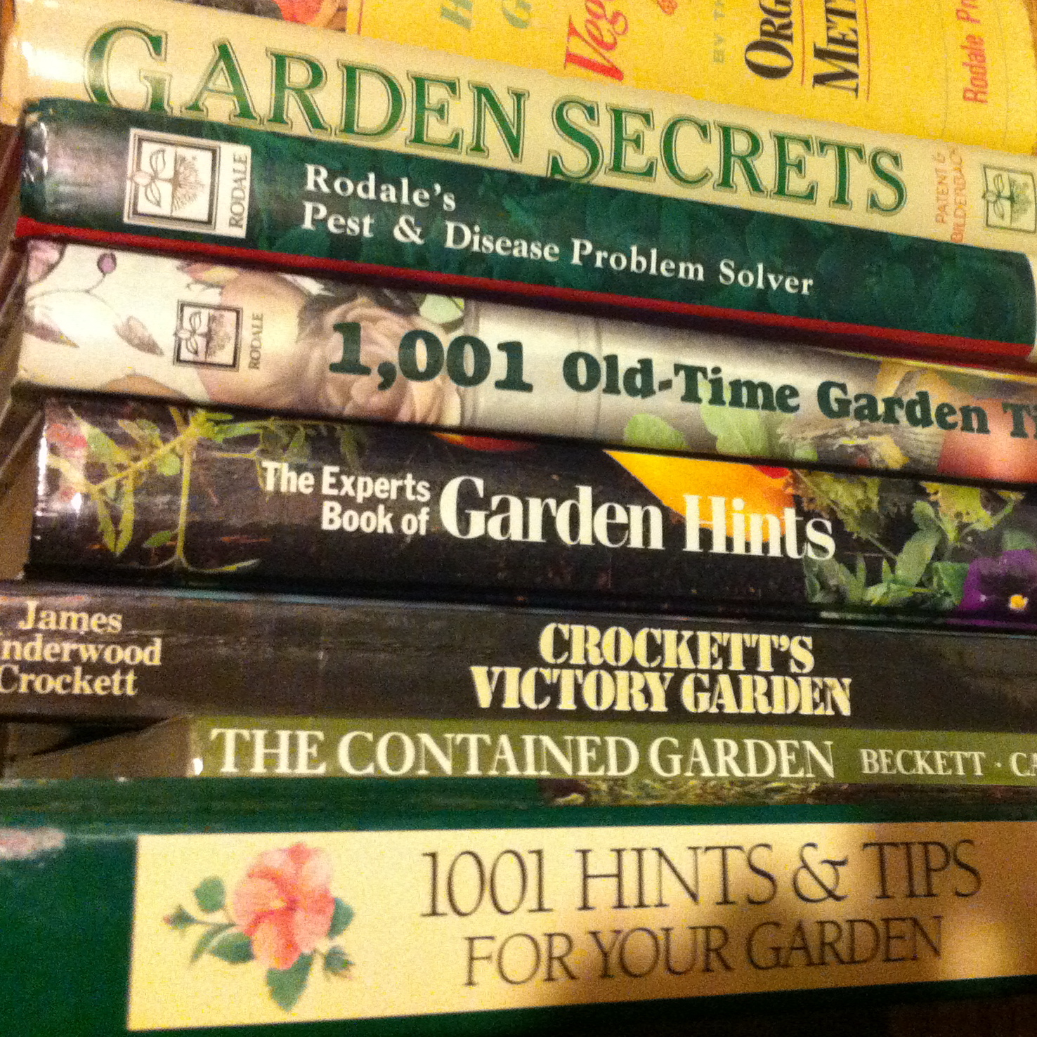 mothers day gardening books ideas