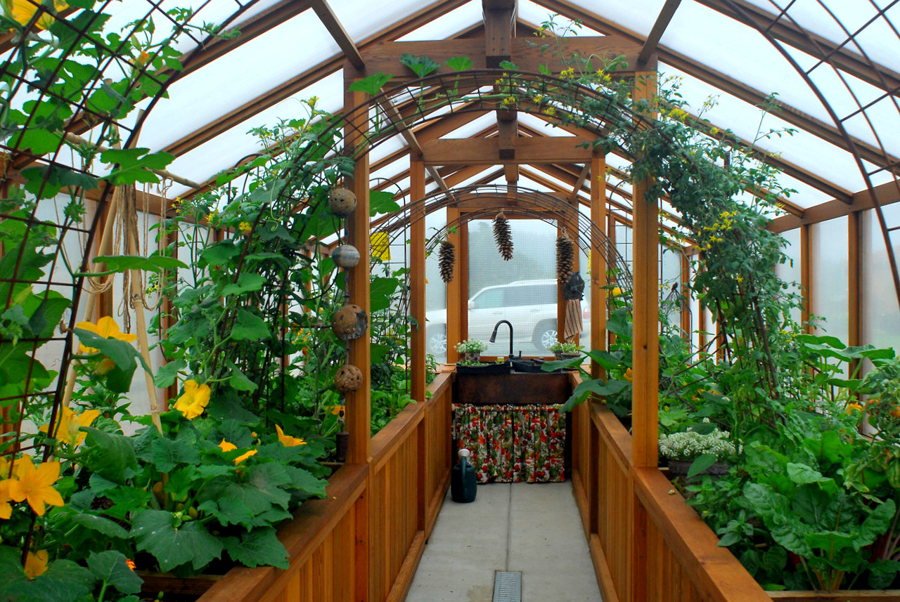 mothers day outdoor greenhouse gift ideas