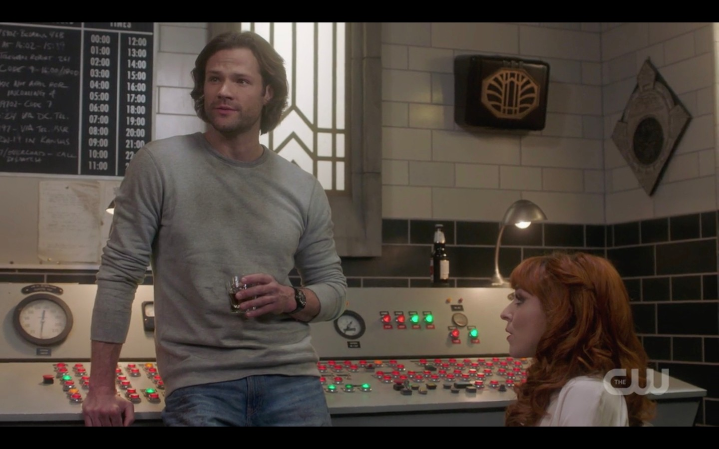 sam winchester gray shirt jeans with rowena supernatural exodus