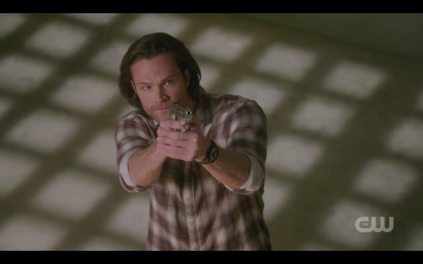 sam winchester points gun at michael supernatural finale