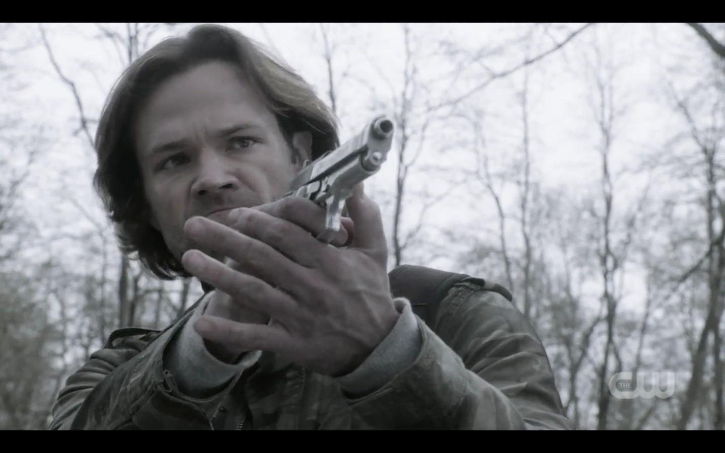 sam winchester with gun fighting with castiel supernatural exodus