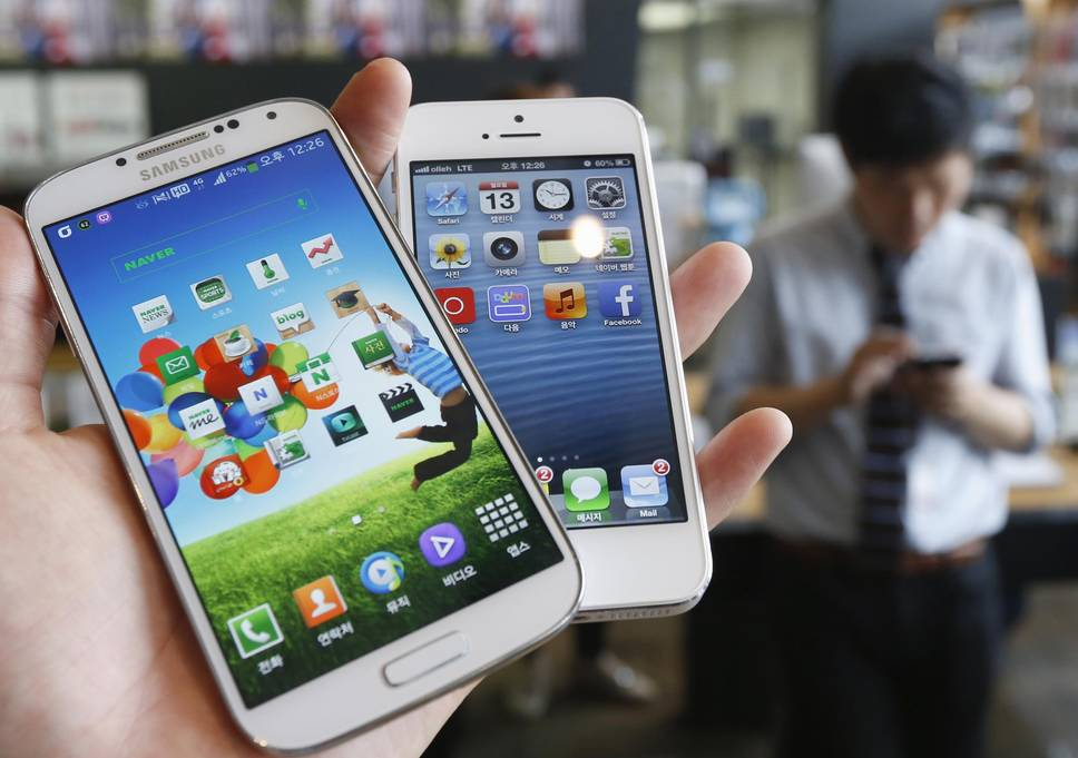 samsung stung by copying apple iphone parts with galaxy