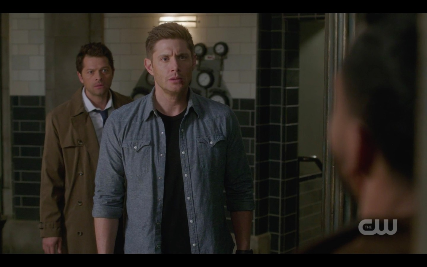 supernatural dean winchester makes deal with michael castiel
