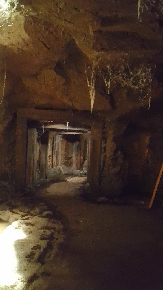 supernatural movie tv tech geeks set visit beat the devil mineshaft