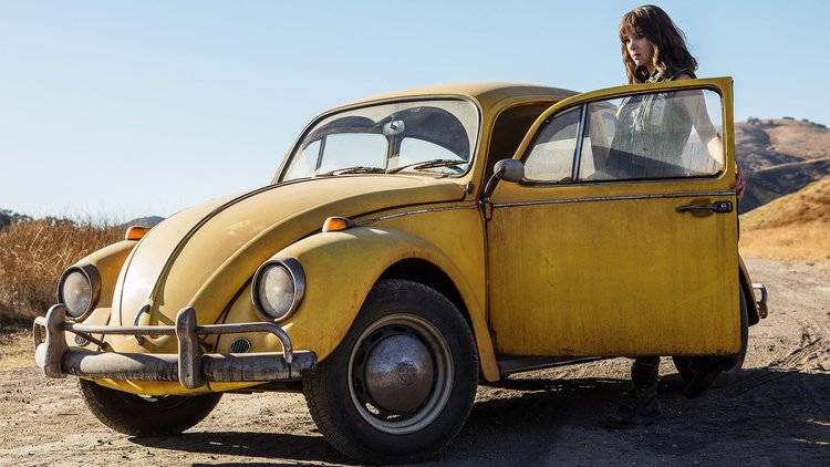 hailee steinfeld in bumblebee transformers movie