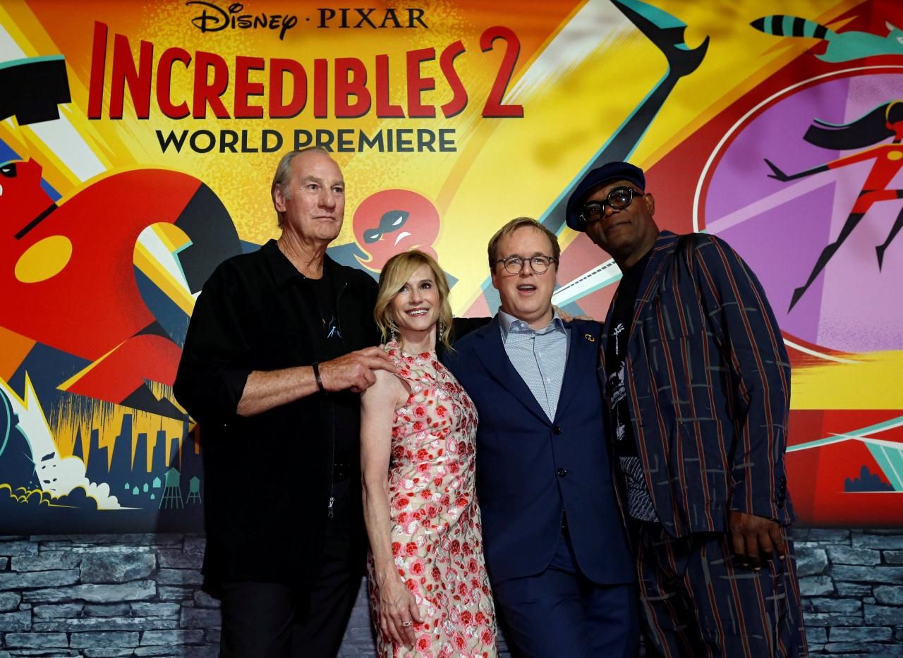 incredibles 2 with craig t nelson holly hunter and samuel l jackson premiere