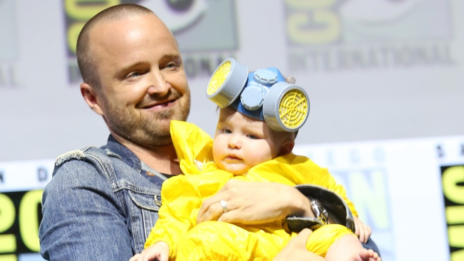 aaron paul with baby daughter in breaking bad hazmat