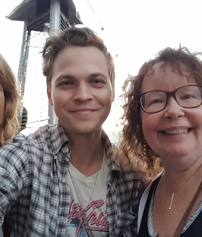 alex calvert with movie tv tech geeks lynn zubernis