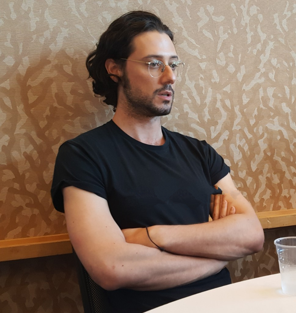 hale appleman goes deep on jason ralph mttg magicians comic con