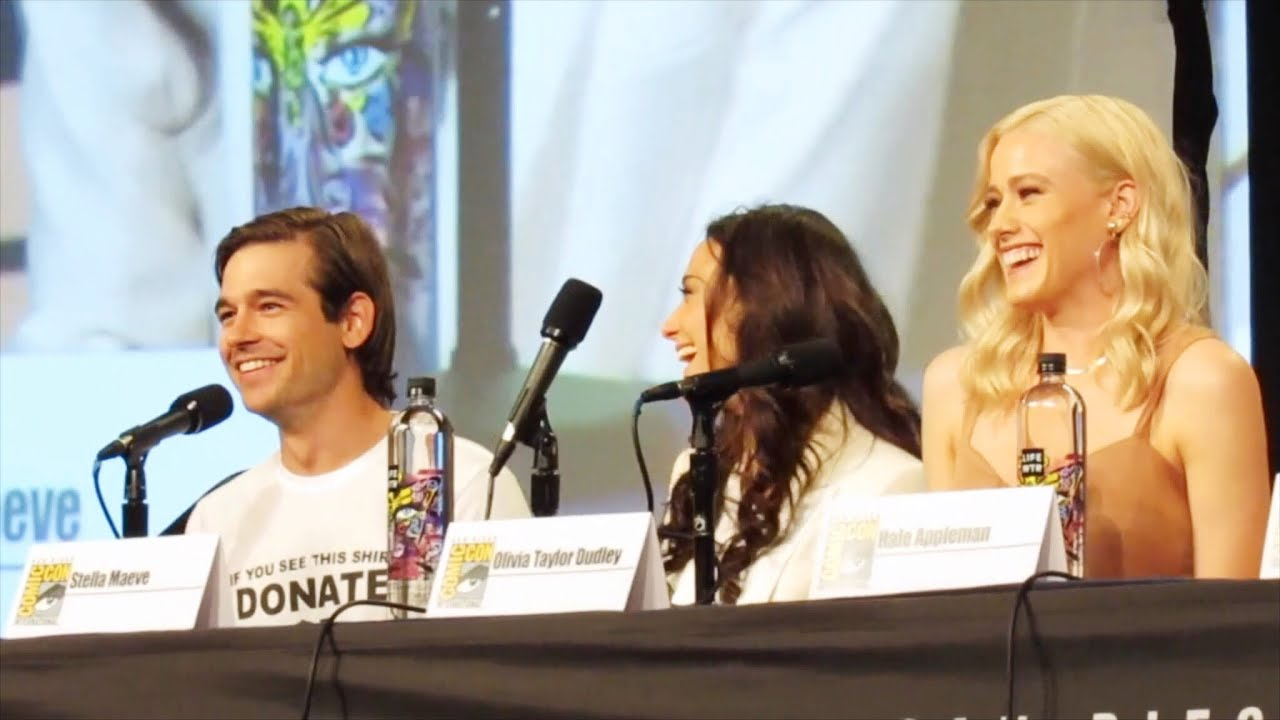 magicians jason olivia summer at comic con panel 2018