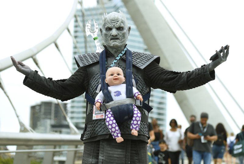 night king cosplay at comic con for game of thrones