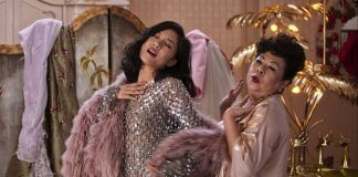 crazy rich asians cast images at box office