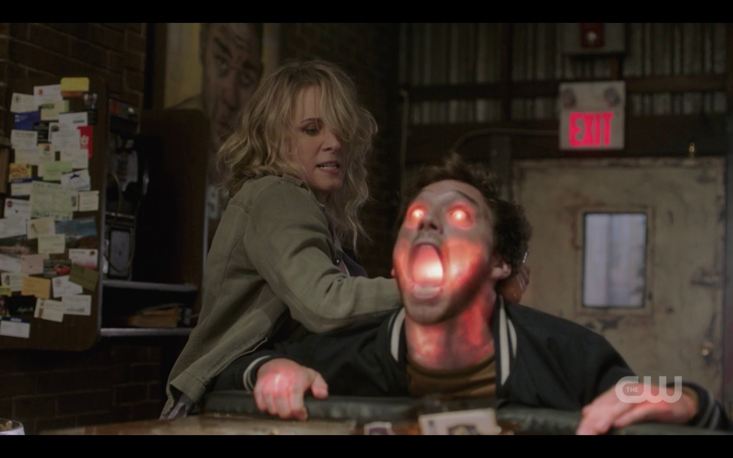supernatural mary winchester stabbing to save sam winchester 1401