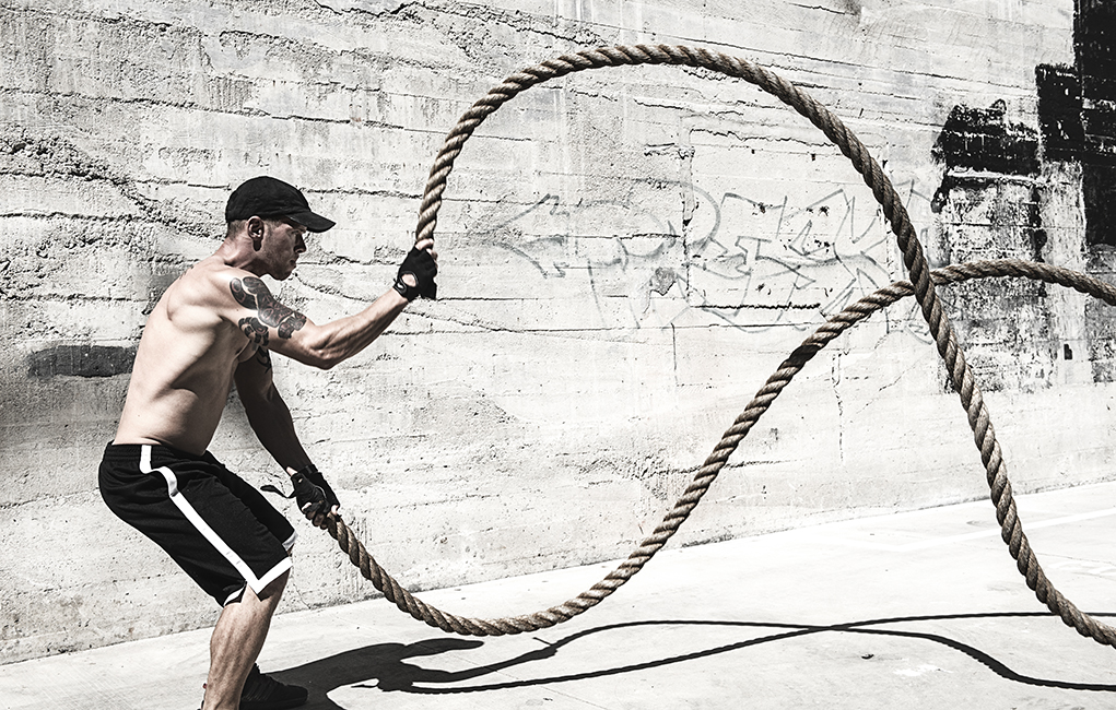battle ropes sexy man hottest fitness gifts 2018