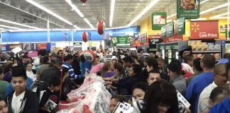 black friday cyber mondat at walmart crazy crowd shoppers