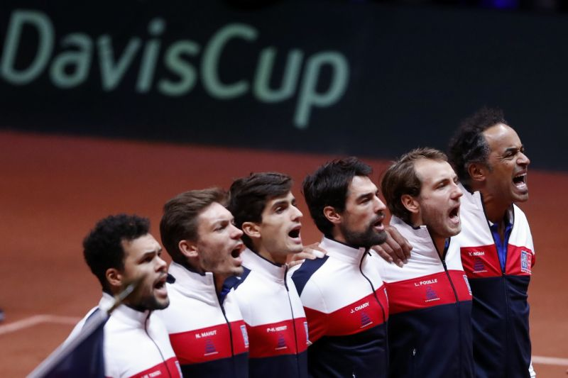 french players come together for davis cup shoot