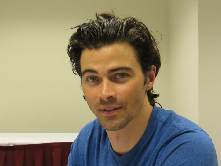 matt cohen looking at lynn zubernis movie tv tech geeks