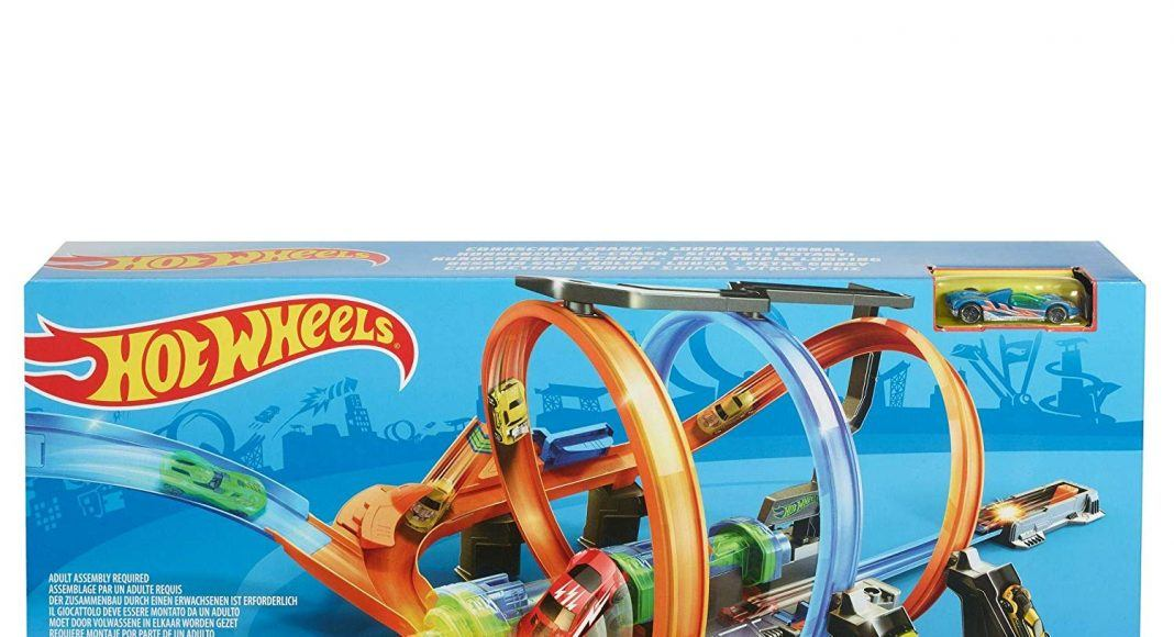Hot Wheels Corkscrew Crash Track Set hottest boy toys holiday