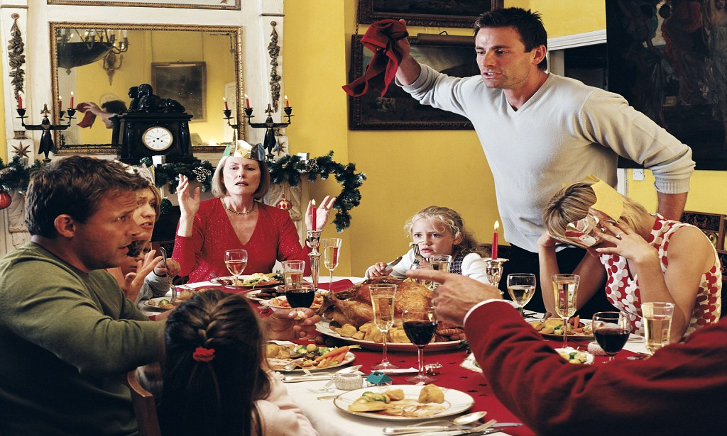 family crisis during holiday season how to avoid them