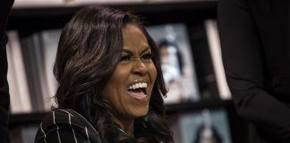 michelle obama becoming book fast selling nonfiction 2018