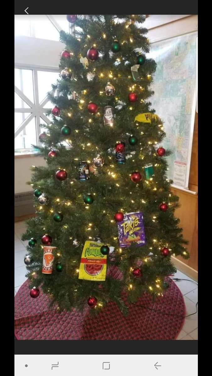 minneapolis police racist christmas tree