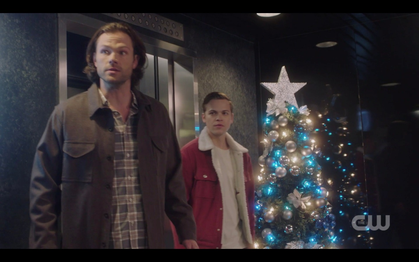 sam winchester with jack by christmas tree spn 1409 spear