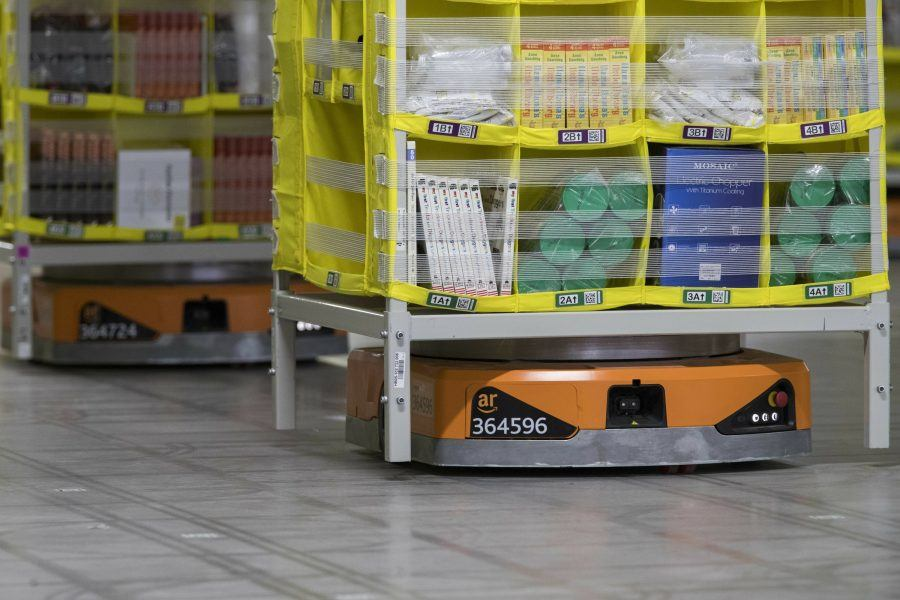 amazon robots taking over fulfillment centers on staten island