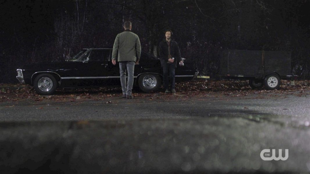 dean finds sam winchester leaning on baby impalao spn 1412