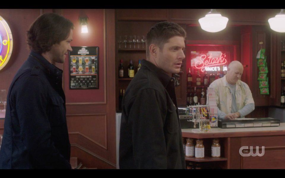 dean sam winchester enter bar mystery men spn 1413
