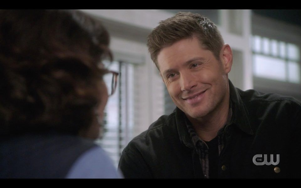 dean winchester smiling at woman puppy eyes spn 1413