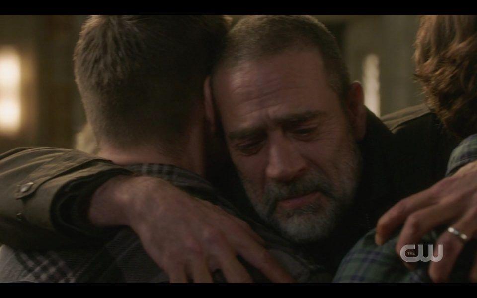 jeffrey dean morgan john hugs sam dean winchester spn 1413 sad tears