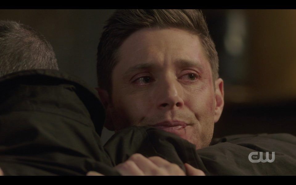jensen ackles dean hugging jeffrey dean morgan and jared padalecki 1412