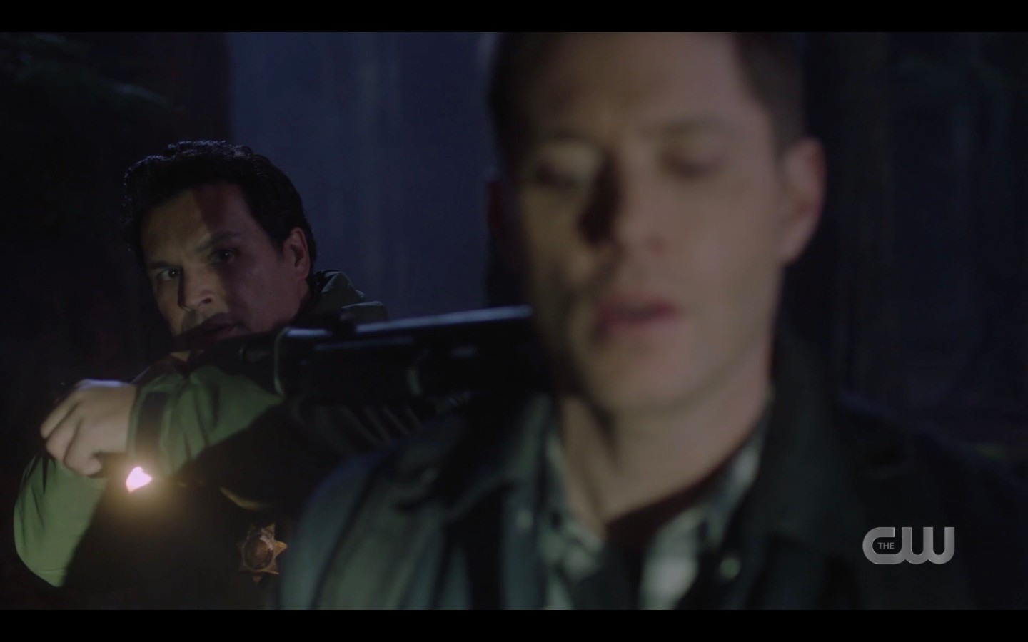 Dean Winchester overpowers Sheriff SPN 1416