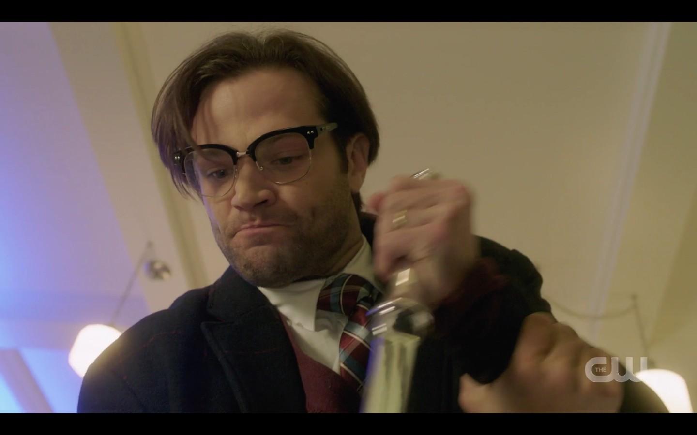 Possessed Sam Winchester forcing knife into Castiel SPN 14.15